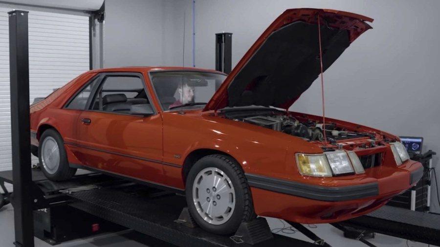 裁自Late Model Restoration影片