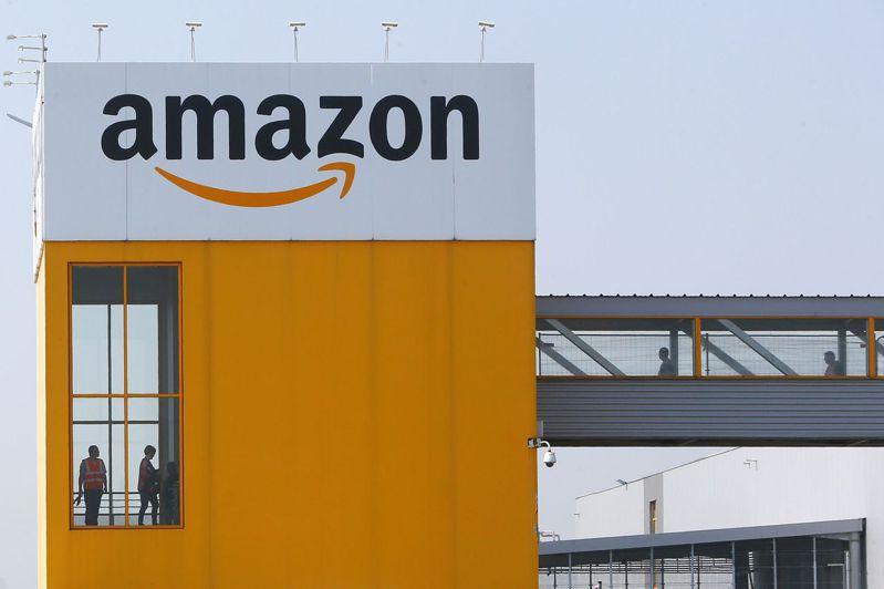 亞馬遜因全面實行的居家令推動商品送貨上門的需求。美聯社