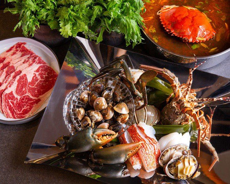 Mark's Shabu蟹王盛宴海陸鍋。圖/台北萬豪酒店提供