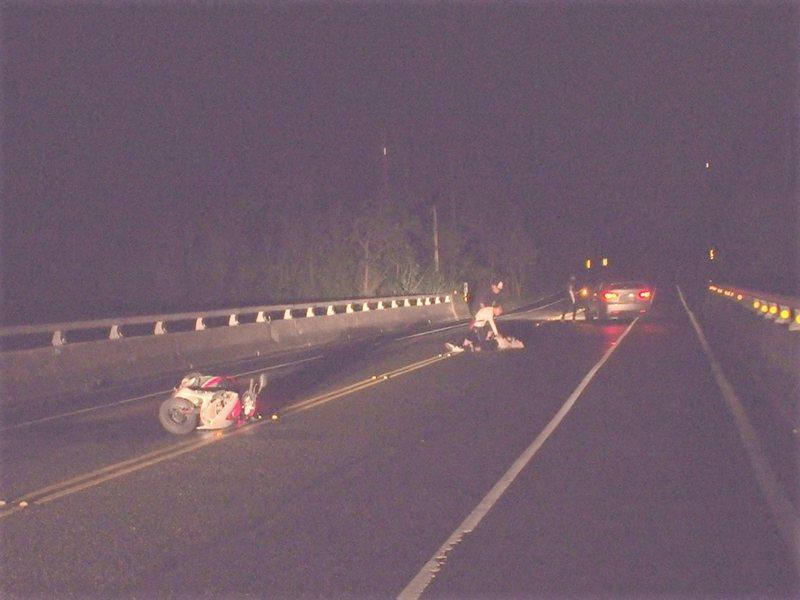 去年6月16日唐姓婦人騎機車在省道台11線撞牛死亡。圖/本報資料照片