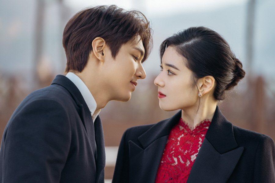 鄭恩彩和李敏鎬有多場對手戲。圖/Netflix提供