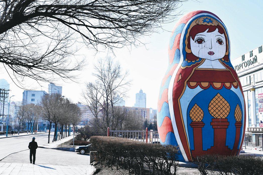目前俄羅斯網路及消費滲透率低,預估隨著所得提升,消費產業將有很大的成長空間。 路...