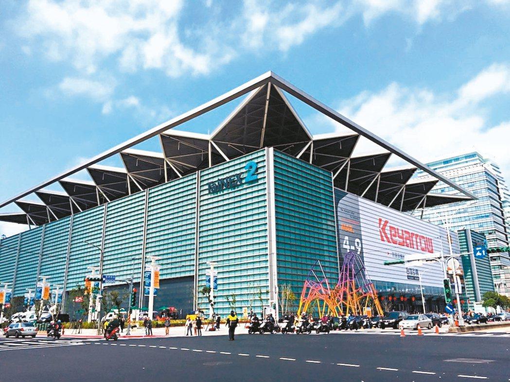 南港有高鐵、台鐵、捷運,交通便利,圖為南港展覽館二館。 圖/21世紀不動產提供