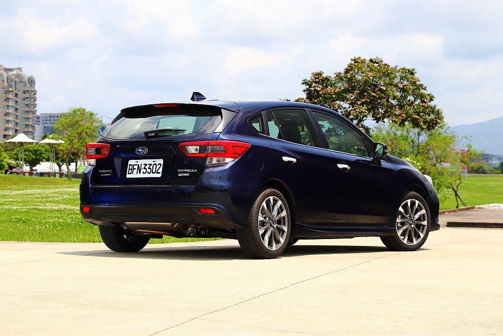 小改款後Subaru Impreza 4D四門房車台灣市場不再導入,改由銷售佔比...