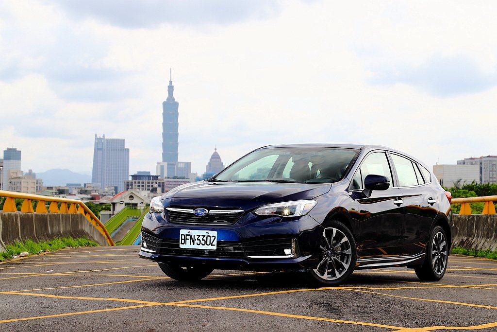 綜觀來看,小改款Subaru Impreza不以時尚流行或動力性能為賣點,走的是...