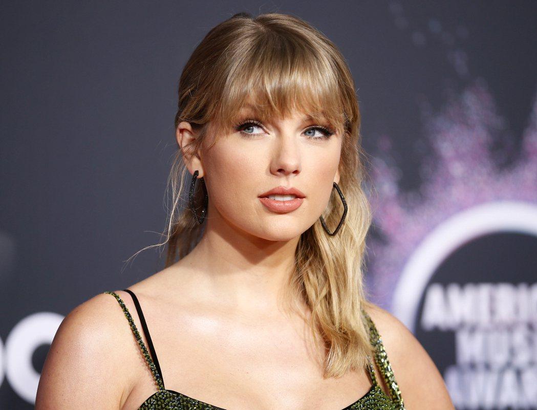 泰勒絲忍痛宣布取消今年已安排好的巡迴演唱。圖/路透資料照片