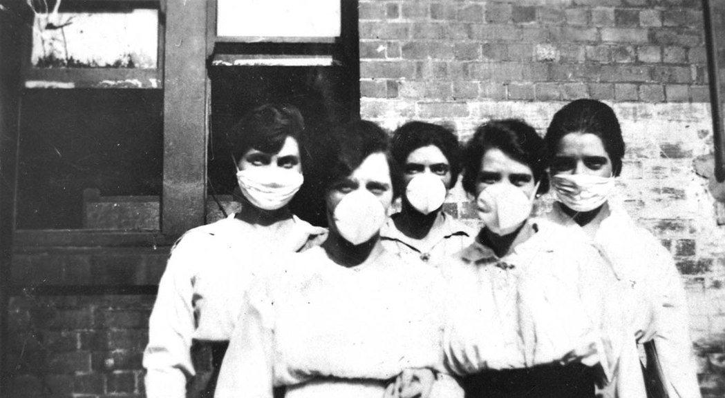 根據後世估算,西班牙大流感死亡人數最高可能達到5,000萬之譜。圖為澳洲當時防疫...