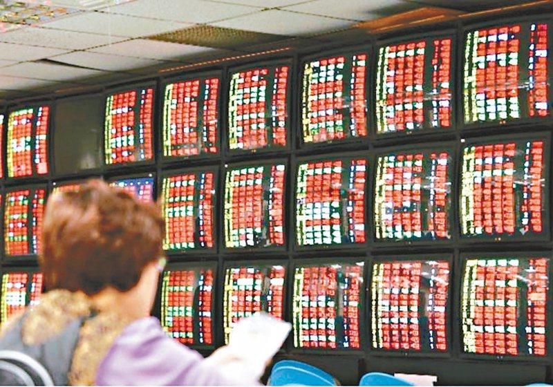 受到美股帶動,台股今(20)日開盤上漲15.41點,開在10,612.45點。 本報系資料庫