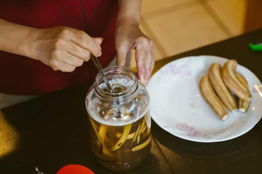 香蕉皮酵釀 圖/綠主張月刊,攝影:黃聖凱