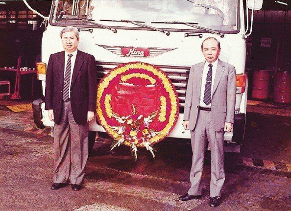 1984年日野與和泰共同成立國瑞汽車,在台灣製造HINO重型車輛,蘇燕輝與國瑞總...