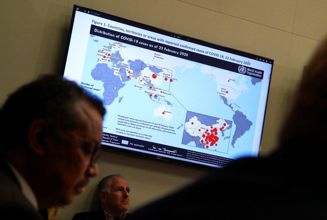 世界衛生組織在2月底針對COVID-19疫情進行簡報。 圖/路透社