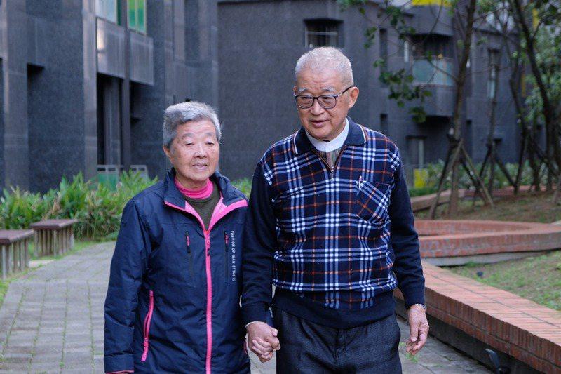監察院前院長王建煊與妻子蘇法昭結婚57年,感情深厚。記者張曼蘋/攝影