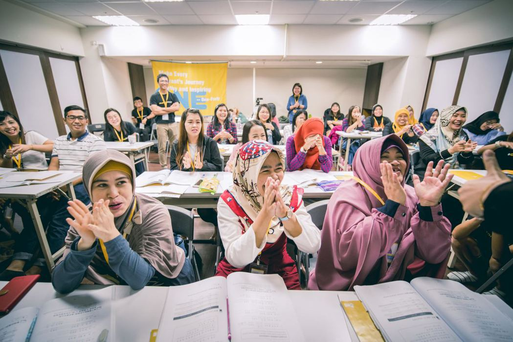 學生們在課堂上踴躍與老師們互動。 圖/One-Forty提供