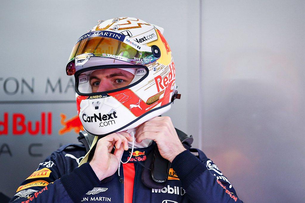 Aston Martin Red Bull廠隊的車手Max Verstappen...