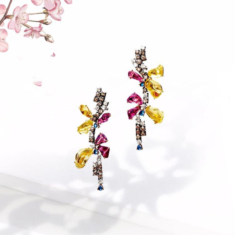 林曉同珠寶《青鳥花雨夜》耳環,98萬2,000元。圖/林曉同珠寶提供