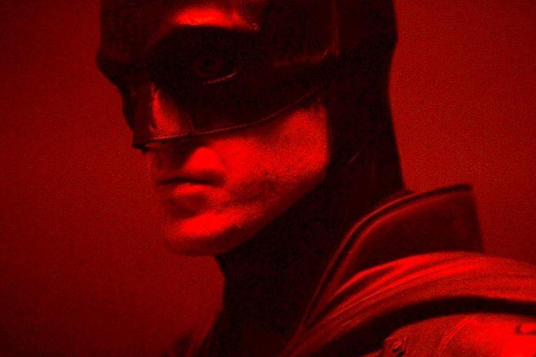 羅伯派汀森主演「蝙蝠俠」宣告延期到2021年10月1日。圖/摘自推特