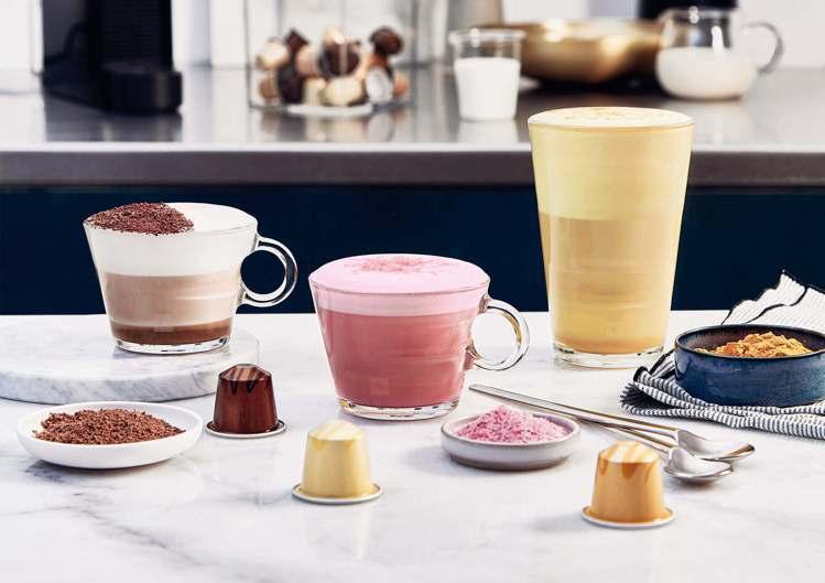 3款新品搭配奶泡、調味香料,輕鬆完成甜點風味咖啡特調。圖/Nespresso提供