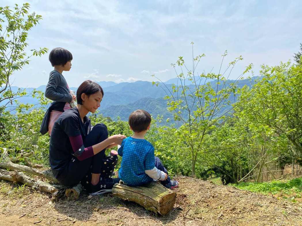 宥勝一家人目前住在露營車上環島旅行。圖/喜鵲娛樂提供