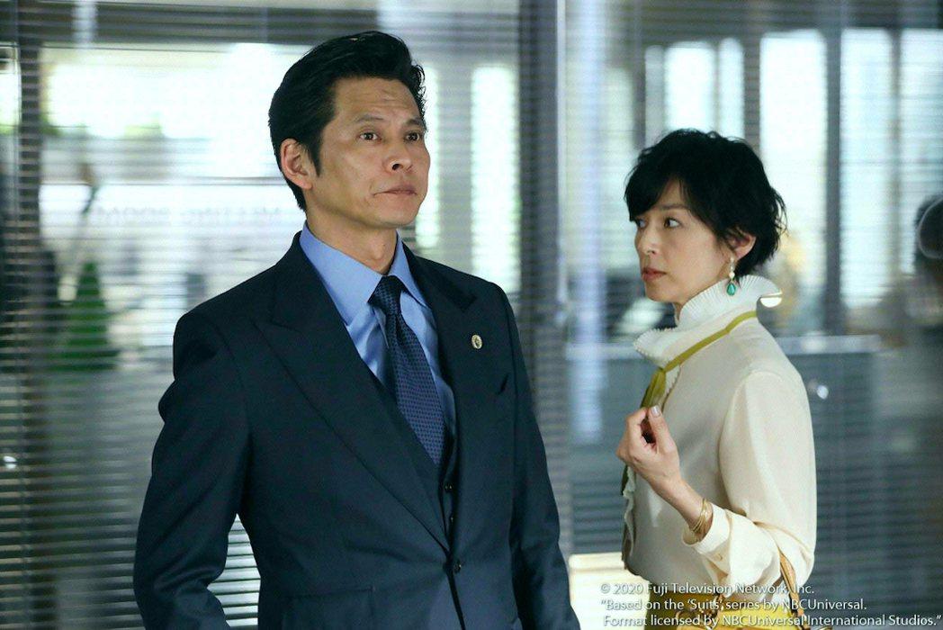織田裕二與鈴木保奈美重現經典螢幕情侶組合。圖/friDay影音提供