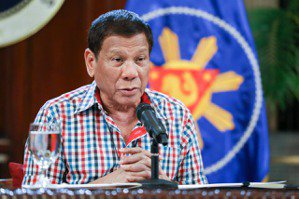 札克利/新冠疫情加「杜特蒂時區」,菲律賓記者的熬夜日常