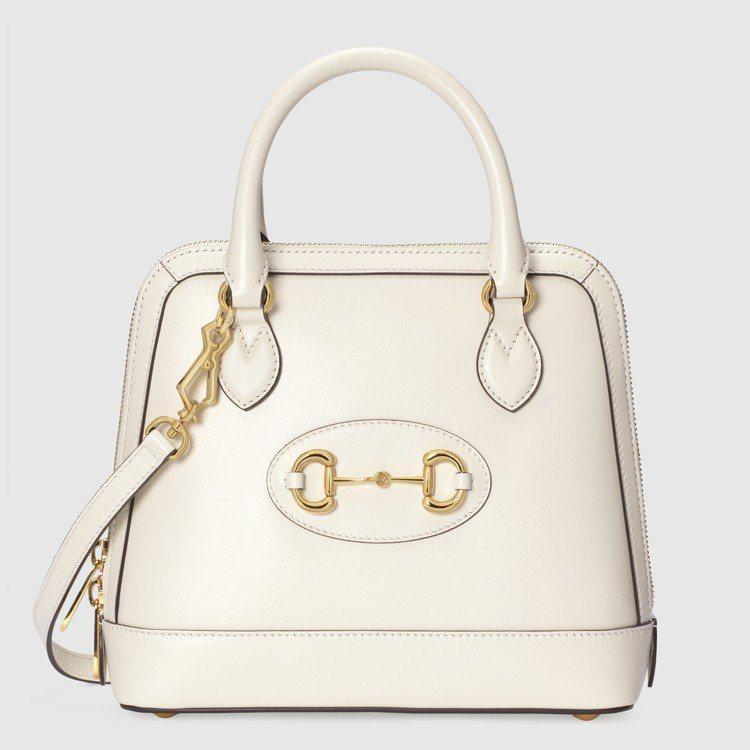 1955 Horsebit白色小型手提包,84,400元。圖/GUCCI提供