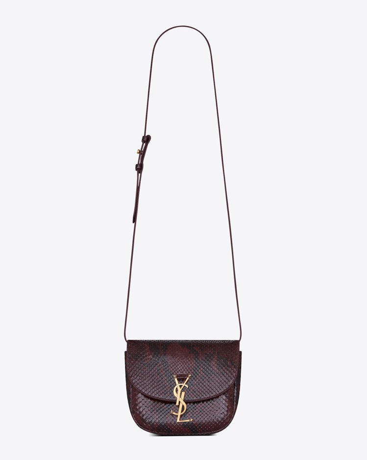 蟒蛇皮小包,65,000元。圖/Saint Laurent提供