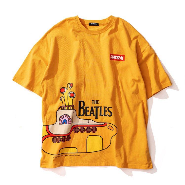 黃色潛水艇寬版T恤1,480元。圖/Stayreal提供