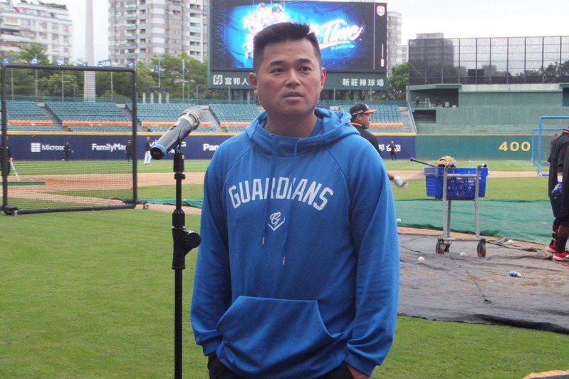 胡金龍認為年輕球員多上場,幫球隊贏球是好事。記者藍宗標/攝影