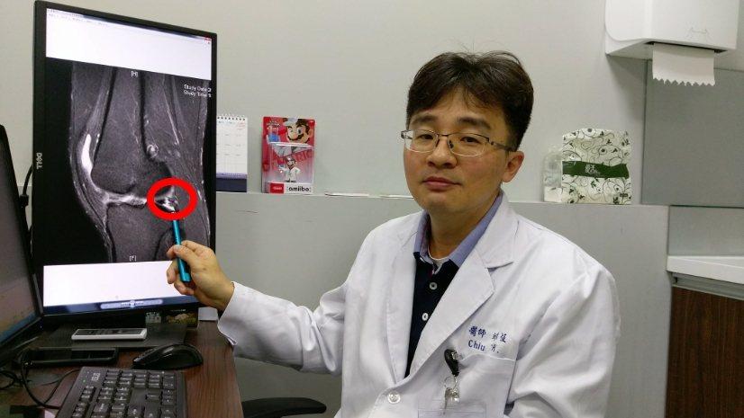 長安醫院骨科醫師邱宗恆指出,若運動後發現膝蓋打不直,關節部位有異物卡住的感覺,就...