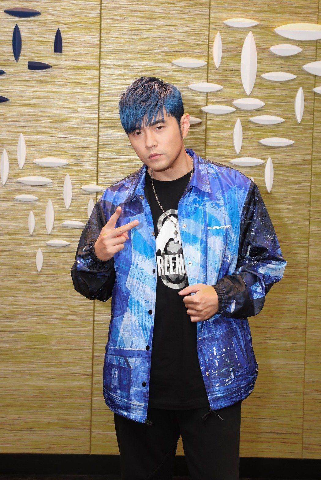 周杰倫出道20年,經典歌曲無數,擁有3首YouTube點閱破億歌曲,成華語之最。