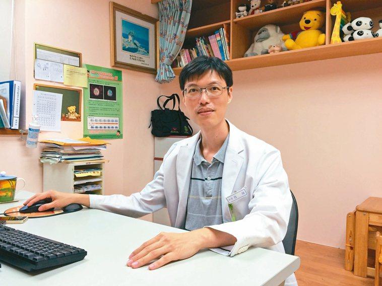 女性更年期,門諾醫院身心科醫師鍾德提供9招做法輕鬆入眠,若嚴重失眠仍須尋求醫療上...