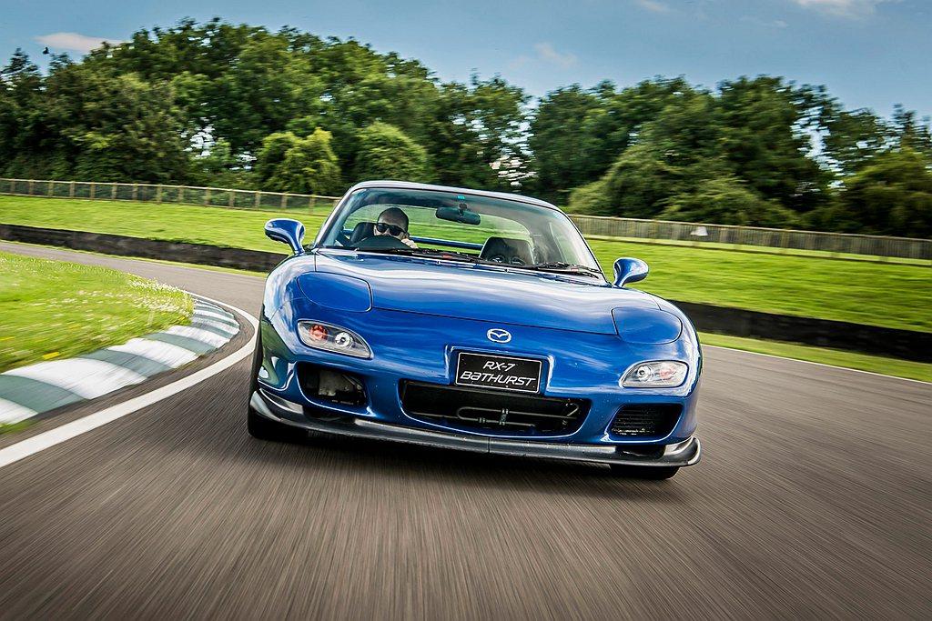 Mazda RX車系雖然已經停產多年,但轉子引擎復活的聲音仍不斷出現。 圖/Ma...