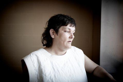 《眼不見為淨》:我們都住在思覺失調症患者隔壁