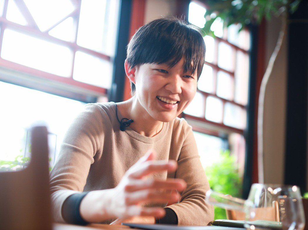 顧瑋是台灣飲食領域裡相當特別的存在,有著台大醫學碩士光環的她,總被貼上半路出家的...
