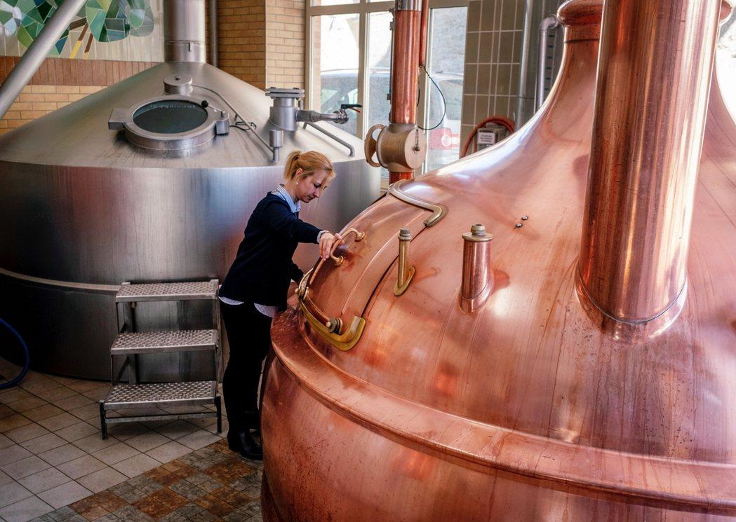 「韋爾內克釀酒廠」(Wenecker Brauerei)是由家族經營傳承400餘...