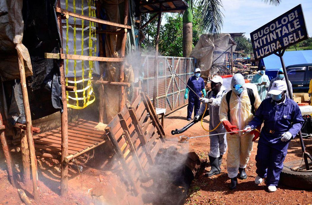 烏干達也下達了全國防疫封鎖令,原本預計14天的封城,卻又往後繼續延長到5月中。 ...