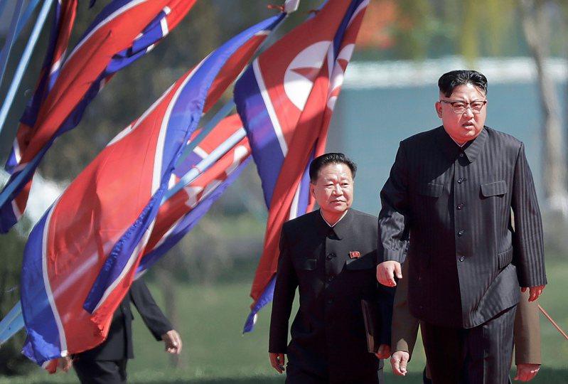 日本媒體報導,北韓領導人金正恩搬元山別墅辦公,可能和新冠病毒有關。美聯社
