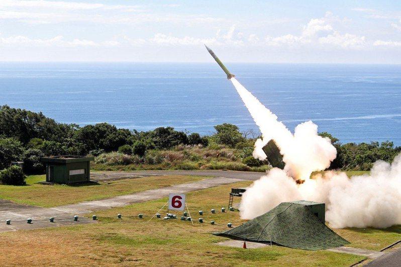 國家中山科學研究院排定4、5月密集火砲射擊,軍事專家研判,試射的火砲從火箭到飛彈,甚至可能有國家自製研發的「雄二E巡弋飛彈」。本報資料照片