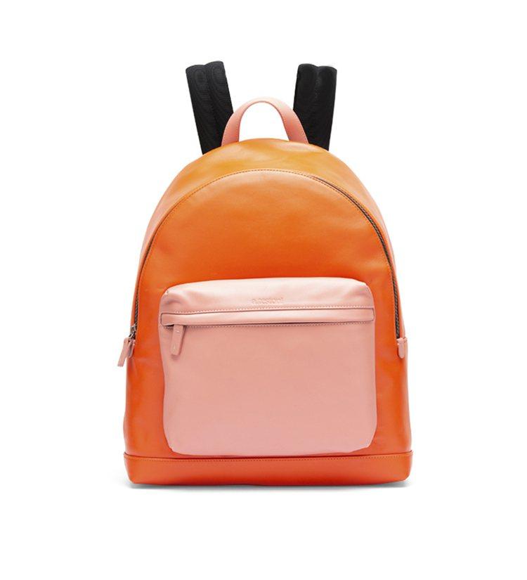 a.testoni,鮮橘色拼接雙肩雙背包,30,800元。圖 / a.testo...