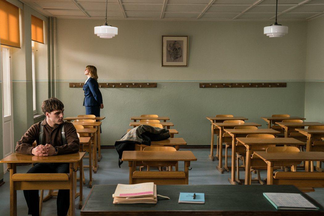《無聲革命》學生不說出靜默行動主使者就無法畢業。捷傑提供