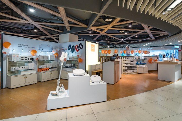 小米台灣進駐Big City遠東巨城購物中心,於4月25日開設「小米新竹巨城快閃...