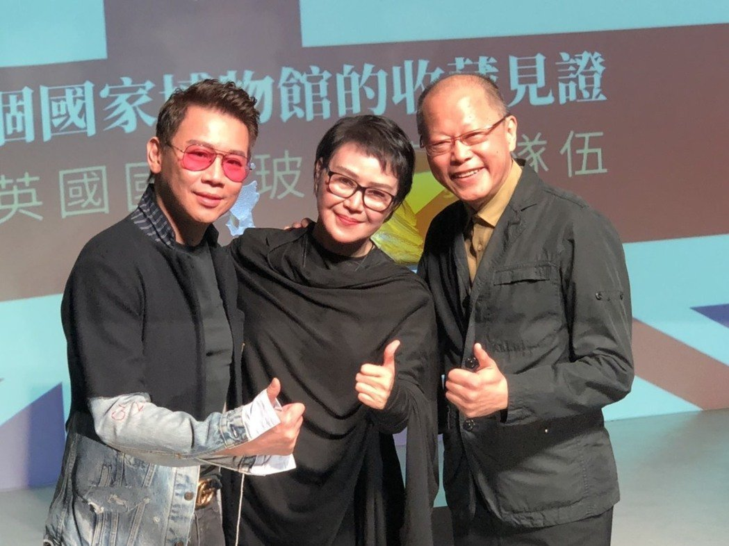 張毅(右起)、楊惠姍曾為陶喆站台。圖/本報資料照