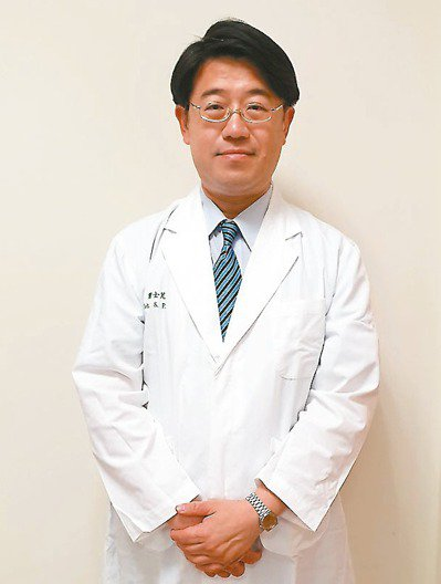 中國醫藥大學附設醫院血液腫瘤科主治醫師葉士芃。