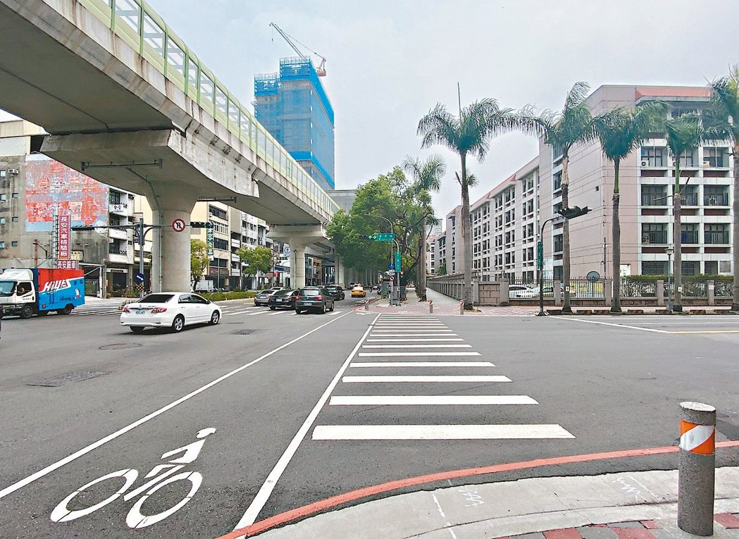 台中市四期重劃區轄內明星學區眾多,生活機能成熟,加上捷運綠線沿著文心路開發,預計...