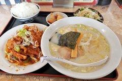 日網友怨台式料理「菜單騙客」 台人見照笑翻:今天阿嬤值班?