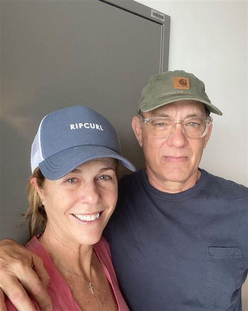 湯姆漢克斯與妻子麗塔威爾森日前染疫隔離。圖/摘自IG