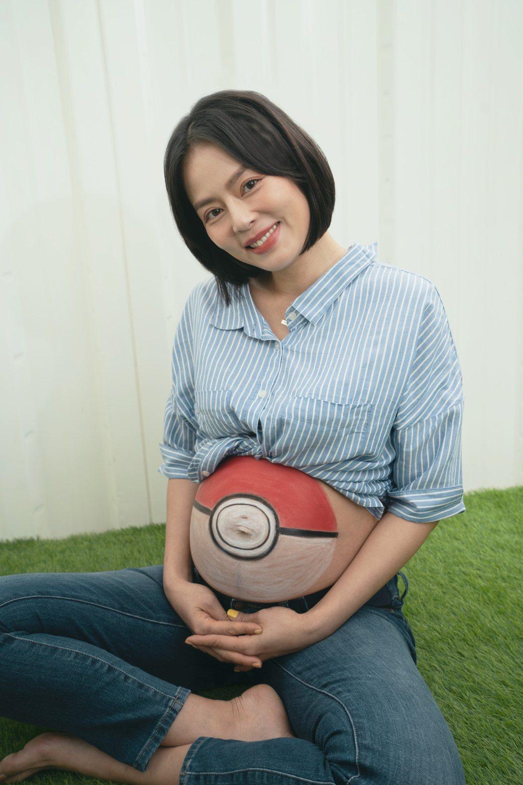 劉香慈生二胎前拍攝逗趣孕婦寫真。圖/動能意像提供