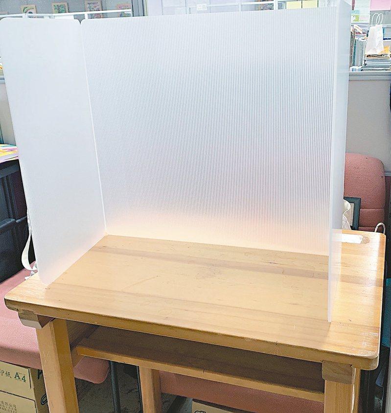 國中會考5月16、17日舉行,北市教育局將訂製用餐隔板,供2.1萬名考生午餐時使用。 圖/台北市教育局提供