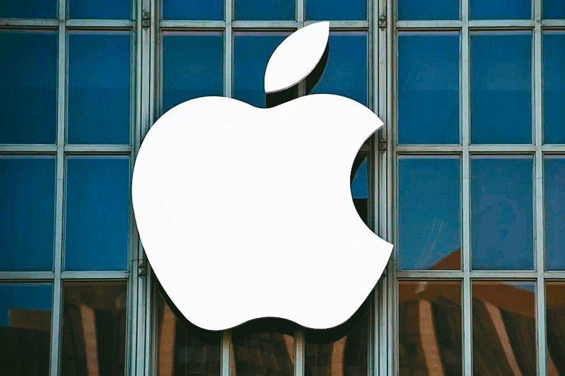 蘋果全力衝刺iPhone銷售,下半年推出的5G iPhone傳有意首度導入超音波屏下指紋辨識功能,藉此實現全螢幕大尺寸應用,刺激買氣,打破外界看壞下半年iPhone出貨的魔咒,鴻海集團旗下觸控面板廠GIS-KY將扮演要角,正全力衝刺相關產能與應用。 本報系資料庫