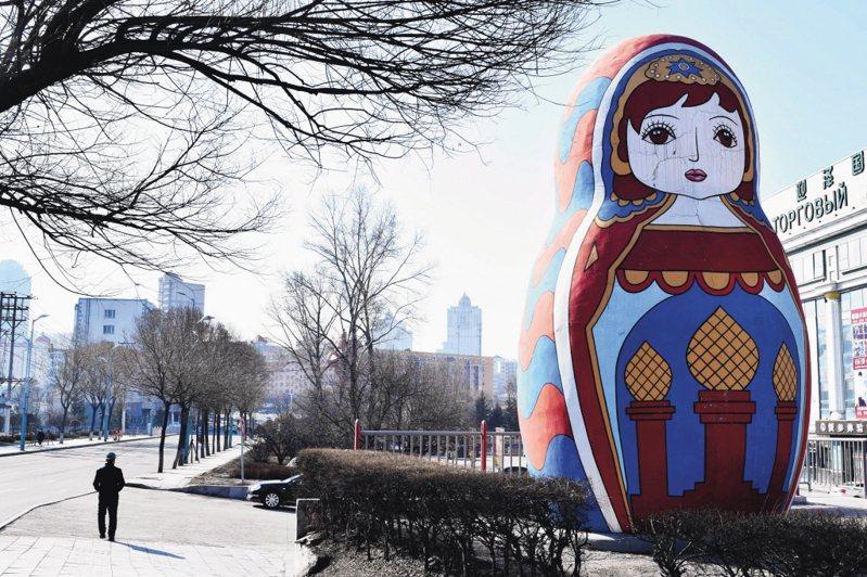 路透報導,俄國當局7日通報,暴增1萬1231例新冠肺炎確診,再創單日新高。 (路透)
